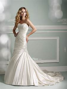 Strapless mermaid wedding dress from satin sang maestro for Strapless mermaid satin wedding dress