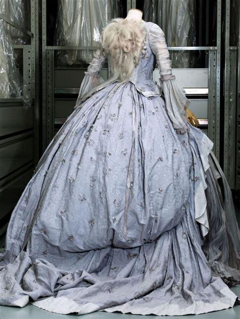 les plus belles robes de chambre les 25 meilleures idées de la catégorie robe de l 39 histoire