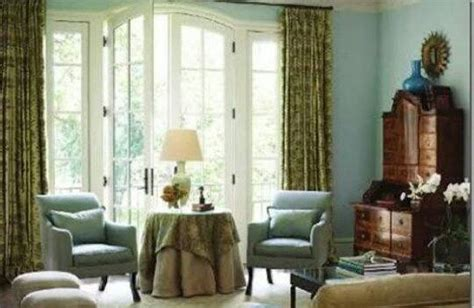 which colored curtains go with light blue walls updated