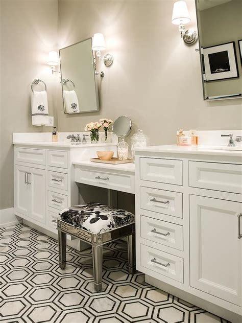 mirrored vanity stool transitional bathroom