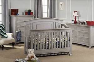 Medford crib from munire baby furniture project nursery for Classic and beautiful modern baby furniture set