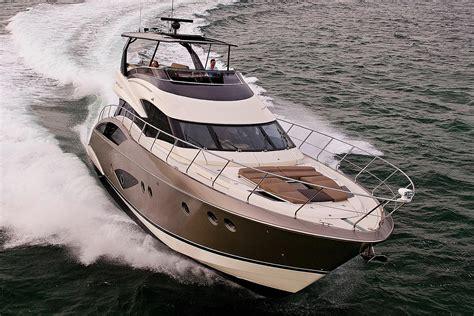 marquis   sport yacht  yacht  sale