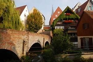 Schmales Haus Ulm : kudos to the schmales haus in ulm germany european focus ~ Yasmunasinghe.com Haus und Dekorationen