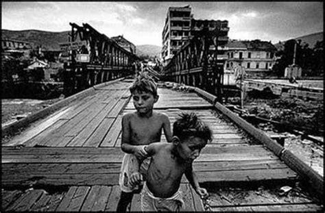 si鑒e sarajevo tutti a bordo dislessia la guerra in jugoslavia