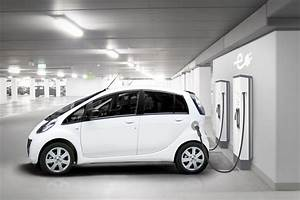 ABB creates EV charging breakthrough with launch of Terra SC