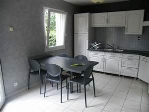 Tapisserie Pour Cuisine : r nover une cuisine comment repeindre une cuisine en ~ Premium-room.com Idées de Décoration