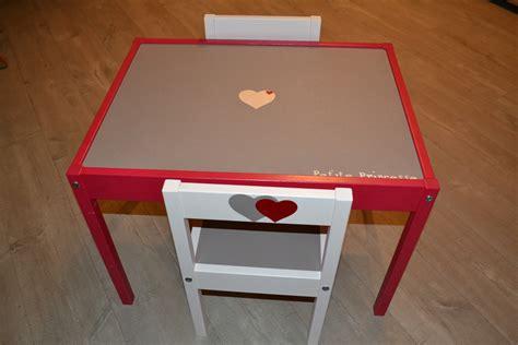 table bureau enfant table bureau enfant et deux chaises bois personnalisable