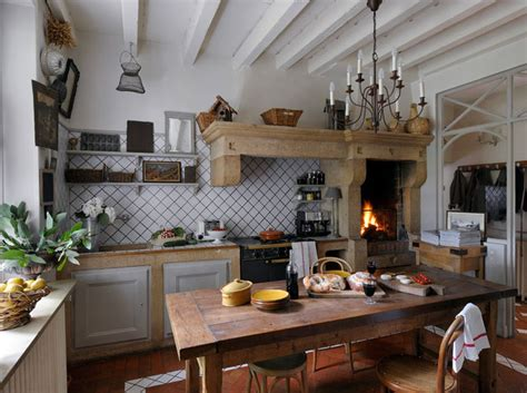 cuisine ancienne photo chantier déco cuisine ancienne cagne