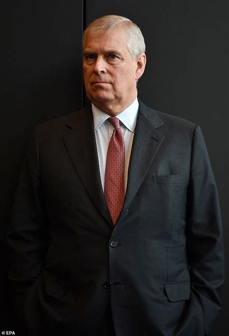 Prince Andrew demands 'olive branch' from US | Daily Mail ...
