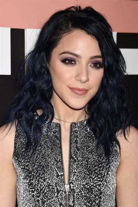 niki demartinos hairstyles hair colors steal  style
