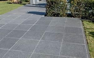Dalle Pierre Terrasse : oriental black dalles de terrasse en pierre naturelle marshalls ~ Preciouscoupons.com Idées de Décoration