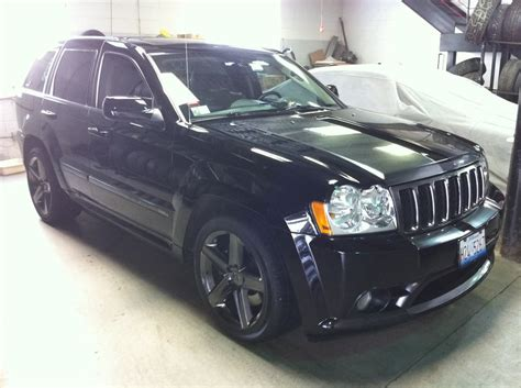 2006 jeep grand cherokee custom 2006 srt 8 jeep grand cherokee custom stripe with black