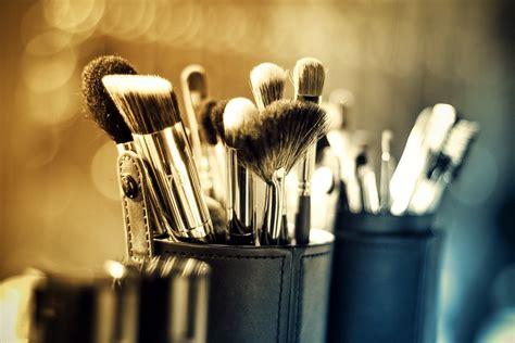 makeup brands  wont  damage   skin
