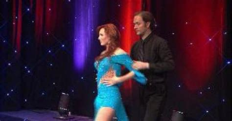 erin mcelroy dances on wgn midday news just for