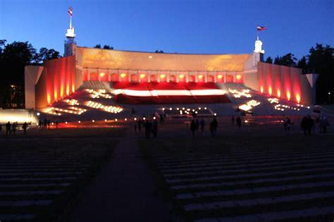Lielākais Latvijas karogs pasaulē - Spoki - bildes 2