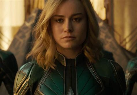 brie larson responds to smile brie larson responds perfectly to captain marvel smile