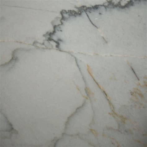 calacatta quartzite  brazil counters threshold