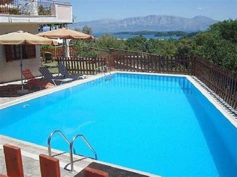 villa s groundfloorapartment with 60 qm swimming pool around