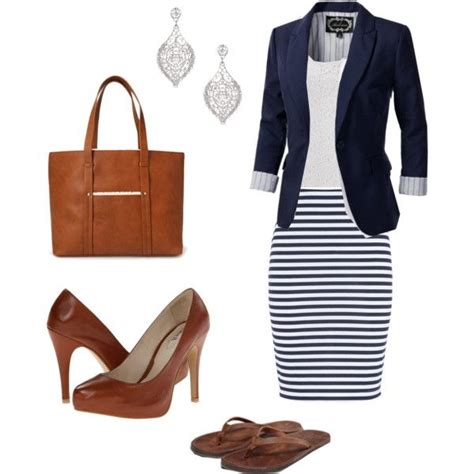 Women Office Outfits Archives - work-outfits.com