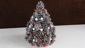 Basteln Mit Tannenzapfen Weihnachten : weihnachten deko aus tannenzapfen tannenbaum cristmas tree selber basteln youtube ~ Frokenaadalensverden.com Haus und Dekorationen