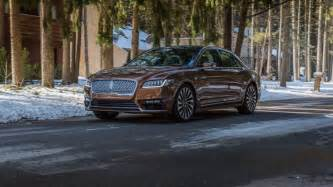 2017 Lincoln Continental Doors