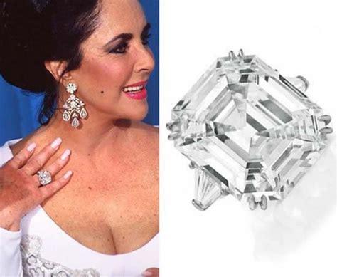 Royal Asscher Cut Engagement Rings