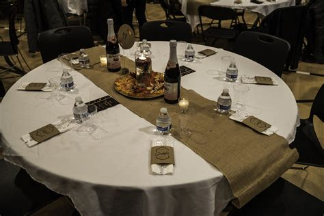 dining table setup for banquet image free