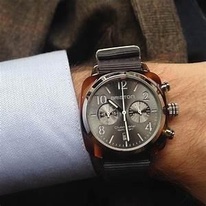 comment choisir une montre pour homme famille magazine With robe de cocktail combiné avec bracelet montre marron