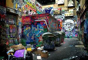 Graffiti alley | A dark corner of an alley in the middle ...