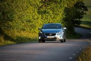 Fiabilité Volvo V40 : fiche technique volvo v40 ii d3 150ch r design l 39 ~ Gottalentnigeria.com Avis de Voitures