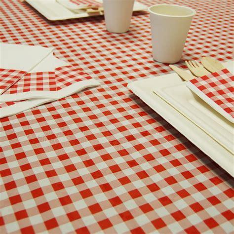 nappe en papier vichy carreaux et blanc en rouleau 1 20 x 25 m thouy