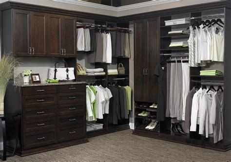 custom closets the advantages of a custom closet system