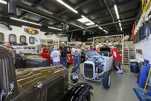 Garage Auto Tours : river scene magazine garage tour wows car enthusiasts river scene magazine ~ Gottalentnigeria.com Avis de Voitures