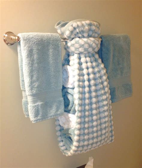 Bathroom Towel Hanging Ideas by Towel Display For Guest Bath For The Home