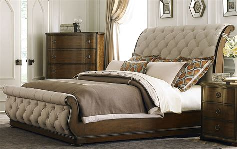 cotswold upholstered sleigh bedroom set  liberty  br qsl coleman furniture