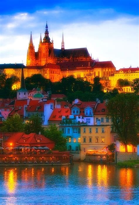 hrad castle prague czech republic pictures