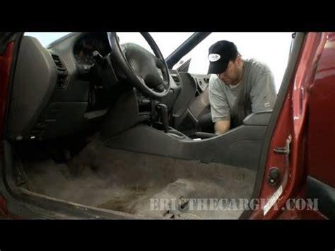 remove pet hair  odor   car  truck