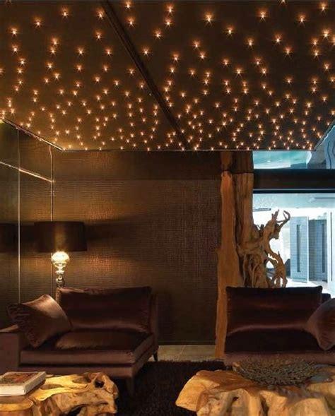 etoiles phosphorescentes plafond chambre les 71 meilleures images à propos de décoration étoilée