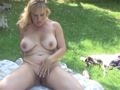 Busty Blonde Mature Danielle Free Free Blonde Mature Porn