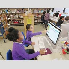 Elementary School Students Learn Computer Science Skills