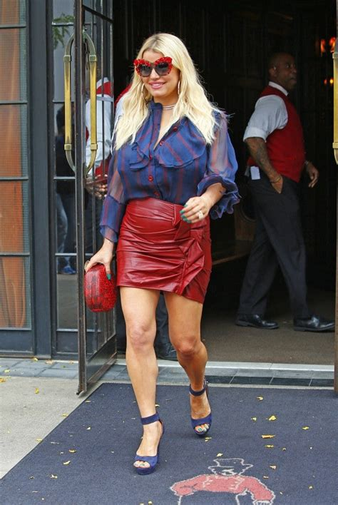 jessica simpson shows   killer legs  sequin