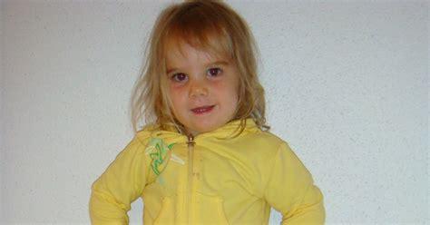 Yellow Jacket Girl Meme - c c world the little girl her yellow jacket