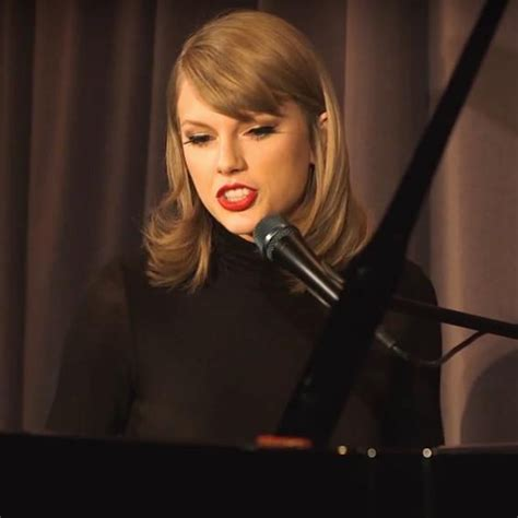 WATCH: Taylor Swift Singing 'Out Of The Woods' On The ...
