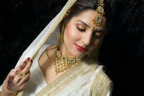 Wedding Hairstyles Indian : 20 Latest Indian Bridal Hairstyles
