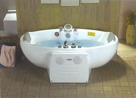 Large Whirlpool Tub by Best Relaxation Freestanding Whirlpool Tub The Homy Design