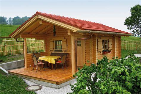 Gartenhäuser Aus Rundholz In Blockbauweise  Perr Blockhäuser
