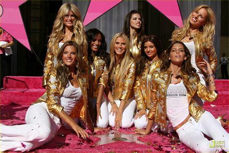 Heidi Klum Preps For Victoria Secret Fashion Show Photo