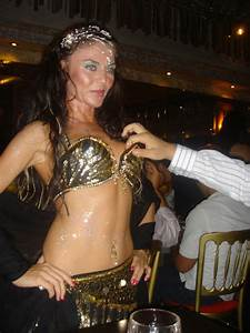 LET'S WATCH FREE BELLY DANCERS SHOW AND AUTHENTIC MOROCCAN