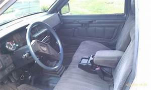 Sell Used 1988 Nissan D21 Base Hardbody Pickup 2