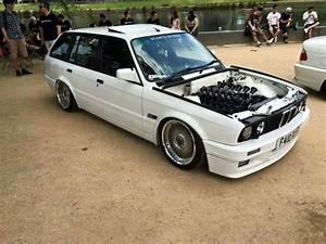 Bmw E30 Touring : bmw e30 3 series touring white stanceworks cars bmw e30 wagon cars bmw wagon ~ Melissatoandfro.com Idées de Décoration